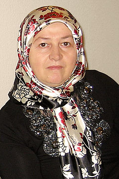 Frau Demir